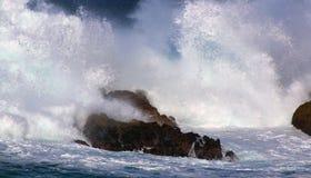 Ozean-Brecher Lizenzfreie Stockfotos
