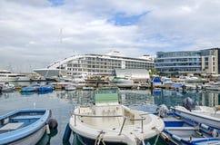 Ozean Dorf-, Sunborn-Hotel und Kasino Admiral in Gibraltar stockfotos