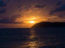 Ozean-Sonnenuntergänge Stockfoto