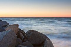 Ozean am Sonnenuntergang Stockbilder