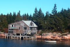 Ozeanfrontseitenhaus in Maine Lizenzfreies Stockfoto