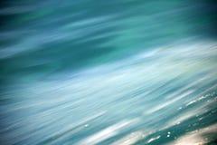 Ozeanwasser-Oberflächenbeschaffenheit als Hintergrund Lizenzfreie Stockfotografie