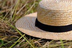 Łozinowy kapelusz, siano, gospodarstwo rolne Fotografia Stock