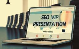 Página da aterrissagem do portátil com conceito da apresentação do VIP de SEO 3d Imagem de Stock Royalty Free