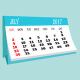 Página 2017 de julho do calendário de um calendário do desktop Fotos de Stock Royalty Free