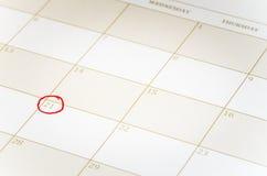 Página del calendario al día destacado Fotos de archivo libres de regalías