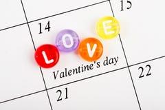 Página del calendario el 14 de febrero de tarjetas del día de San Valentín Foto de archivo libre de regalías