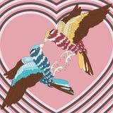Pájaro cariñoso con las plumas coloridas en el fondo de corazones Vintage, abstracción El día de tarjeta del día de San Valentín  Imágenes de archivo libres de regalías