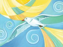 Pájaro de la gaviota que vuela sobre el cielo con el sol brillante en el fondo Foto de archivo