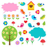 Pájaros, árboles y burbujas para el discurso Imagen de archivo libre de regalías