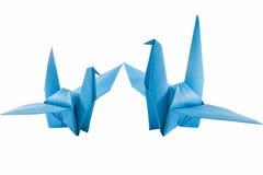 Pájaros de papel de la familia aislados en blanco Imagen de archivo libre de regalías