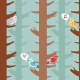 Pájaros del amor en árboles Fotos de archivo libres de regalías