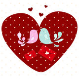 Pájaros del amor en corazón Fotos de archivo