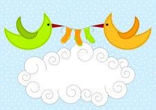 Pájaros en la invitación de la ducha de bebé de las nubes ilustración del vector