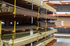 Páletes da madeira fotografia de stock royalty free