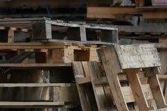 Páletes de madeira Fotos de Stock Royalty Free