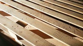 Páletes de madeira no armazém Imagens de Stock Royalty Free