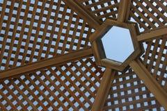 Pára-sol de madeira fotografia de stock