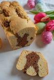 Páscoa cozida fresca Bunny Cake imagens de stock