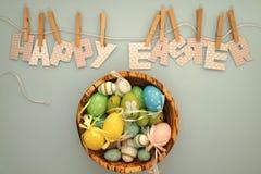 Páscoa feliz - shell de madeira Imagem de Stock