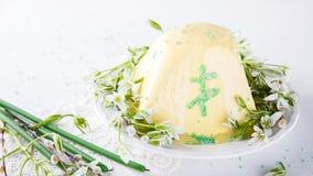 Páscoa ortodoxo Quark Dessert do russo tradicional imagens de stock royalty free