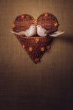 Pássaro dois pequeno os amantes, coração Fotos de Stock Royalty Free