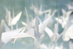 Pássaros brancos do origâmi Imagem de Stock Royalty Free