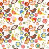 Pássaros pequenos coloridos Teste padrão sem emenda do vetor Fotos de Stock