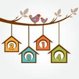 Pássaros pequenos no ramo com texto do ano 2014 novo feliz Imagens de Stock Royalty Free