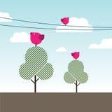Pássaros que cantam em árvores e em linhas de alta tensão Imagens de Stock Royalty Free