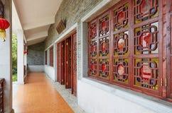 Pátio de entrada coberto da casa chinesa fotos de stock royalty free
