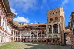 Pátio de Rila e torre de Hrelyu Fotos de Stock Royalty Free
