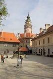 Pátio do castelo histórico de Cesky Krumlov Foto de Stock