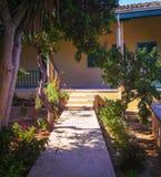 Pátio do Chalá Sultan Tekke Larnaca chipre fotos de stock