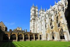 Pátio do interior da abadia de Westminster fotografia de stock