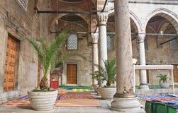 Pátio interno da mesquita nova (Yeni Cami) Istambul Fotos de Stock