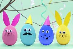 Pâques et le ressort heureux est prochain concept Image libre de droits