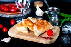 Pâtés en croûte cuits au four frais Images stock