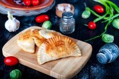 Pâtés en croûte cuits au four frais Photographie stock