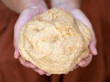 Pâte à levure de farine entière de grain avec l'entrain orange en Th Photographie stock libre de droits
