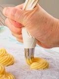 Pâte de pâtisserie de Choux Photo libre de droits