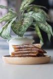 Pâte sèche par mangue de petit pain comme processus de conservation Photographie stock