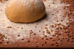 Pâte sur la farine Photo libre de droits