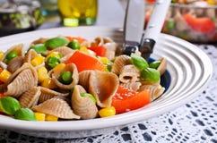 Pâtes avec des légumes Image libre de droits
