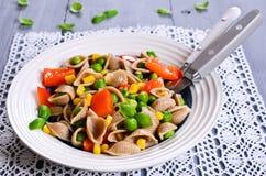 Pâtes avec des légumes Images libres de droits