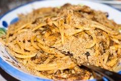 Pâtes avec des sardines images stock