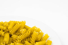 Pâtes crues en spirale de macaronis Image libre de droits