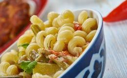 Pâtes de macaronis de Masala photos stock