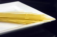 Pâtes et plaque Image libre de droits
