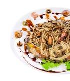 Pâtes italiennes savoureuses avec des fruits de mer Images libres de droits